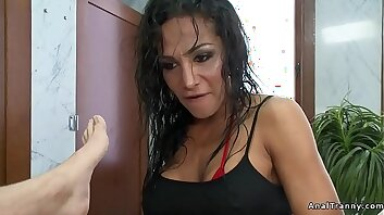 Shemale anal fucks man in gyms shower